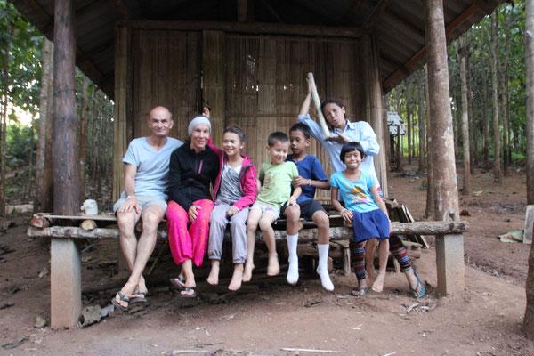 Mit der Gastfamilie in Samoeng