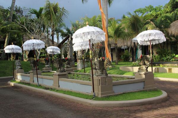 Gartenanlage eines Hotels in Ubud