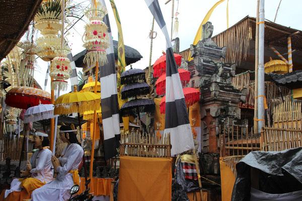 Tempel für eine Zeremonie dekoriert