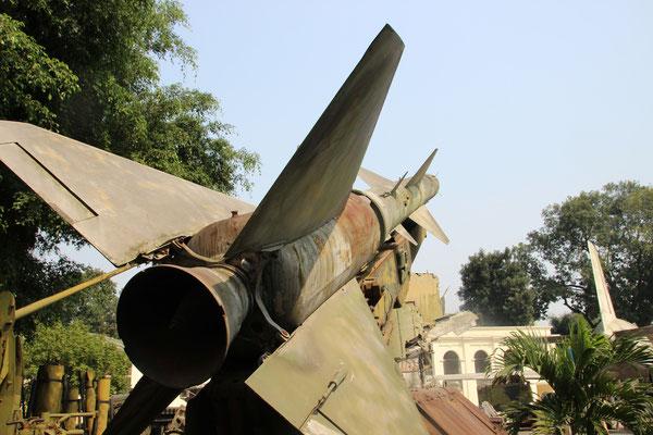 Im Militärmuseum Hanoi