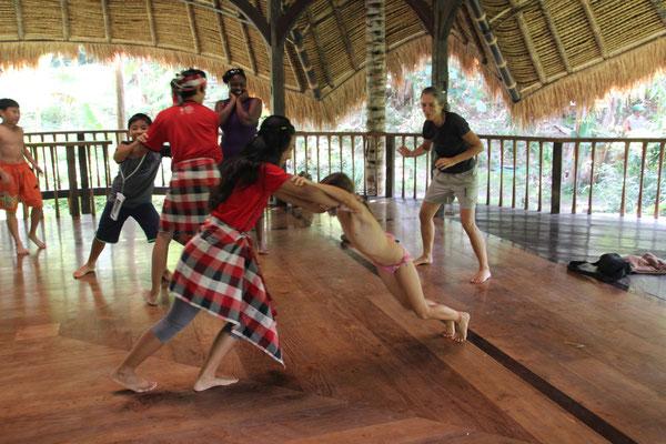 Sport: Traditionelle Kampfsportkunst, Bali