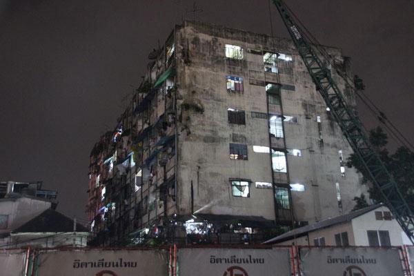 """""""Geisterhaus"""" in Bangkok"""