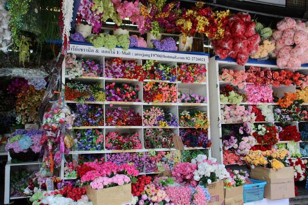 Künstliche Blumen amChatuchak Markt Bangkok