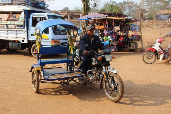 Motorradrischka in Don Khon, Laos