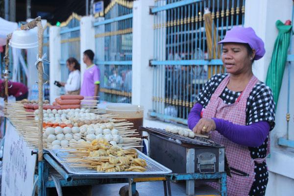 Fleischspiesschen in allen Variationen, Bangkok