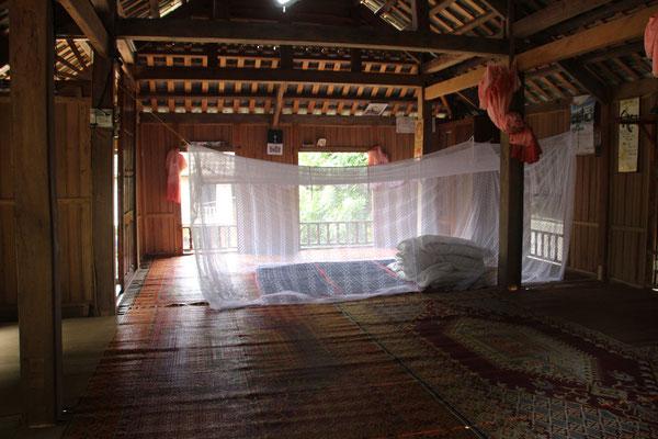 Unser Schlafsaal in einem traditionellen Stelzenhaus  einer Thai-Familie, Ban Lac