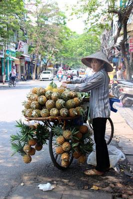 Frische Ananas zu verkaufen!