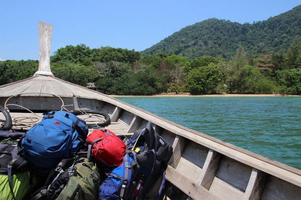Auf dem Longtailboot nach Koh Pu