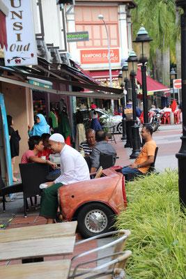 Spezielle Sitzgelegenheit in der Arab Street