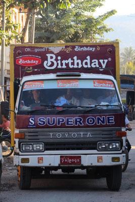 An Mara's Geburtstag in Hsipaw, Myanmar