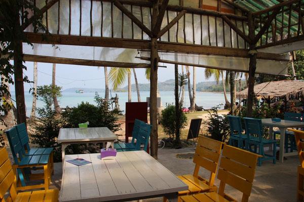Gemütliches Strandrestaurant auf Koh Kood