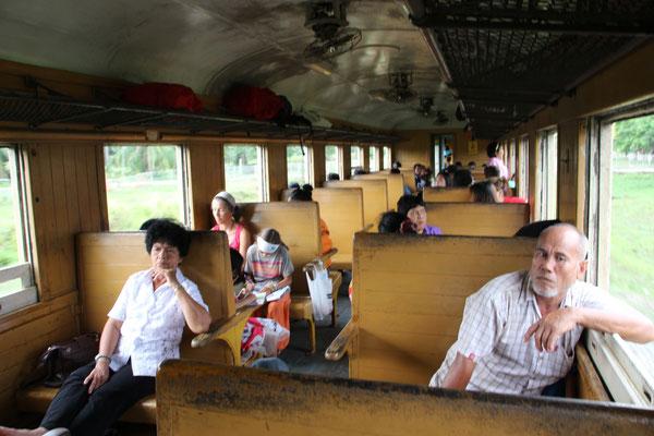 Im Zug von Surathani nach Chumphon