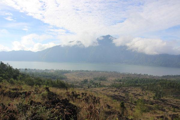 Auf dem Abstieg vom Gunung Natur
