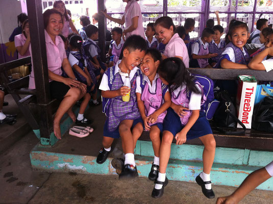 Schulklasse in der Pause