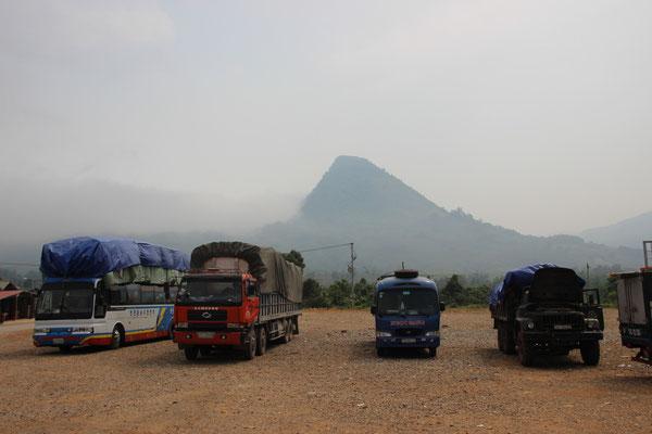 am Grenzübergang Lalay Laos / Vietnam