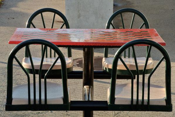 table de la ruelle verte - le raccourci