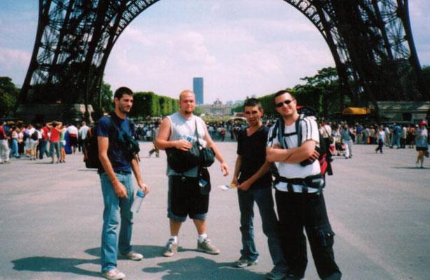 EXTERIO visite la Tour Eiffel