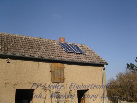 Die Solarmodule auf dem Dach