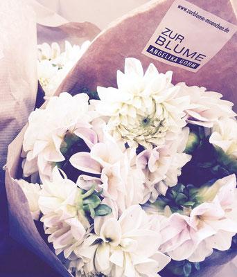 Ein schöner Blumenstrauß - nach Ihrem Wunsch - schnell gebunden in München-Neuhausen