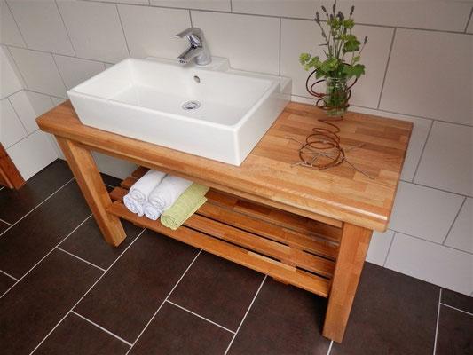 Wasch-Tisch, bitte klicken Sie auf das Bild