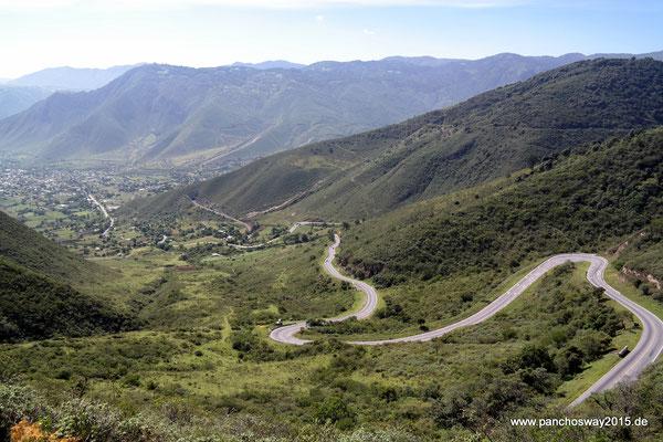 Mexiko_Zentrale Atlantikküste und Puebla_Runter ins Tal