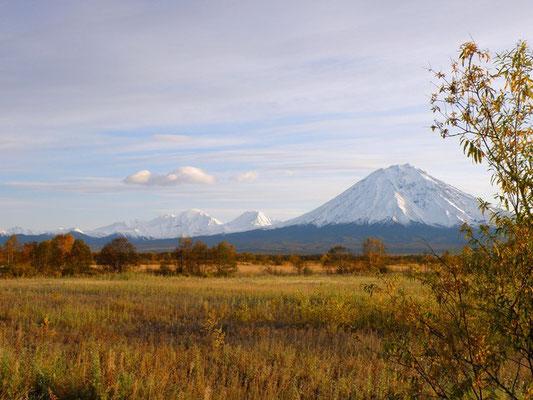 Осень. Вулкан Корякский