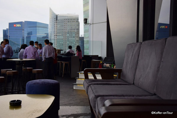 Rooftop Bar Empire Lounge