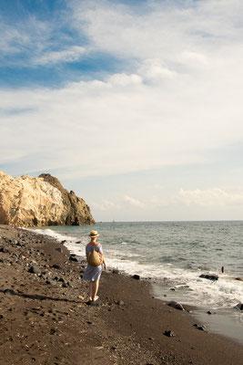 Black Beach auf Santorini