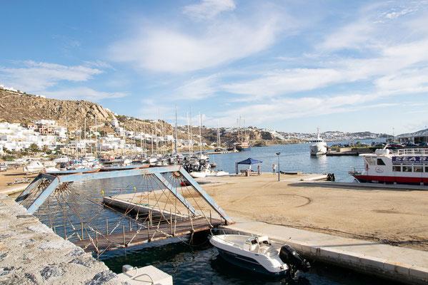 Hafen von Mykonos