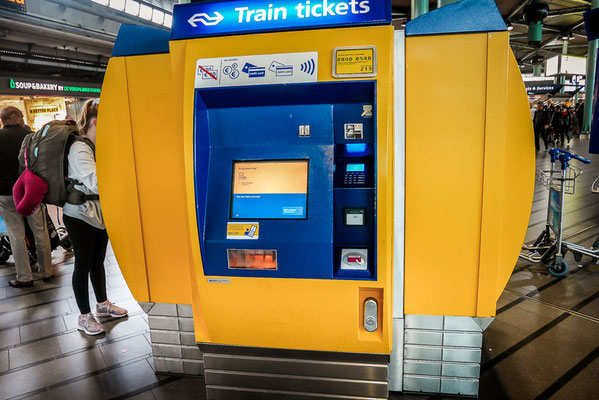 Ticketschalter am Flughafen Amsterdam