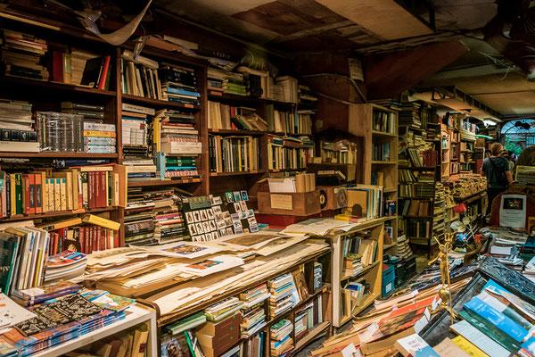 Der Buchladen Libreria Acqua Alta