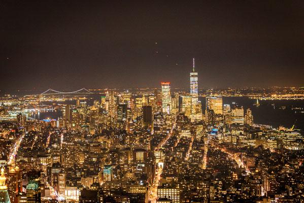 Ausblick vom Empire State Building bei Nacht