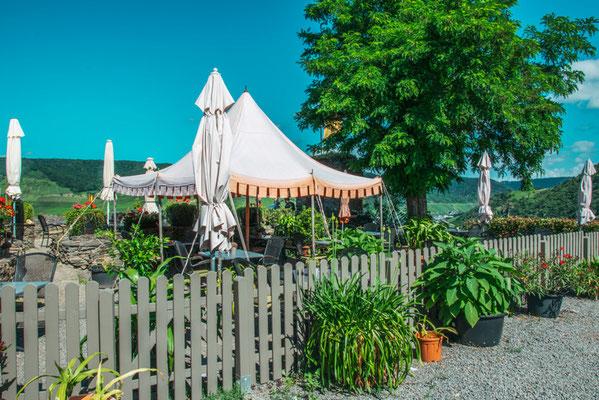 Restaurant in der Burg Metternich von Beilstein