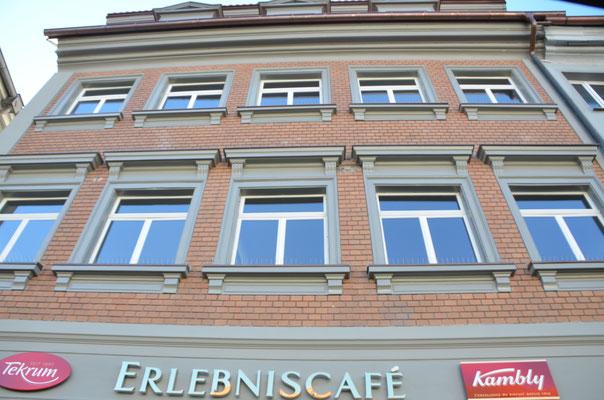 alte und neue Fassade Richtung Bachstrasse -  Bild Dr. Dietmar Hawran