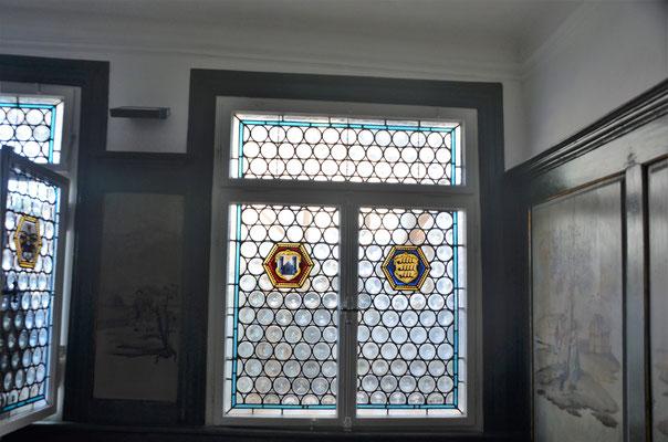 alte bleiverglaste Butzenscheiben im Innenbereich - Bild Dr. Dietmar Hawran