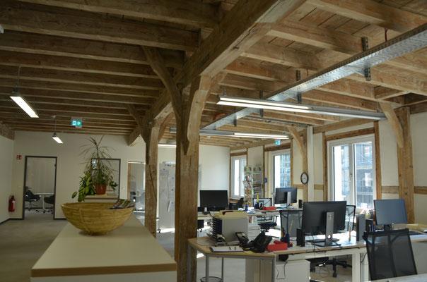 Blick ins Büro im 1. OG - Bild: Dr. Dietmar Hawran