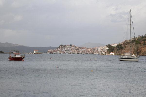 Blick auf Poros von Galatas