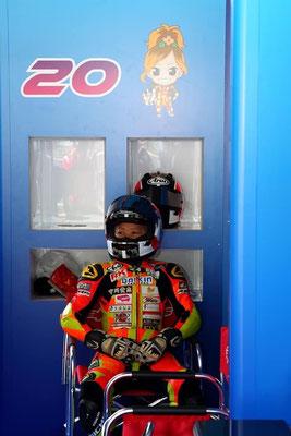 バイクレーサー高杉奈緒子