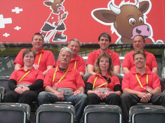 Volunteer Gruppe mit Chefin