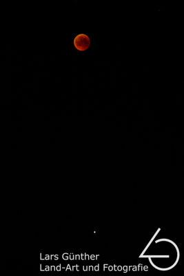 Mondfinsternis mit Mars