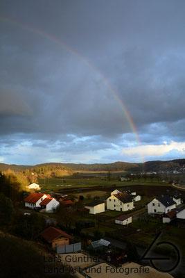 Regenbogen unter dem Horizont