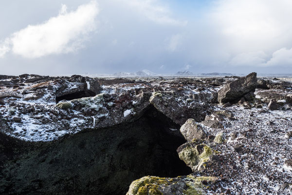 Dollan-Lavahöhle bei Grindavik