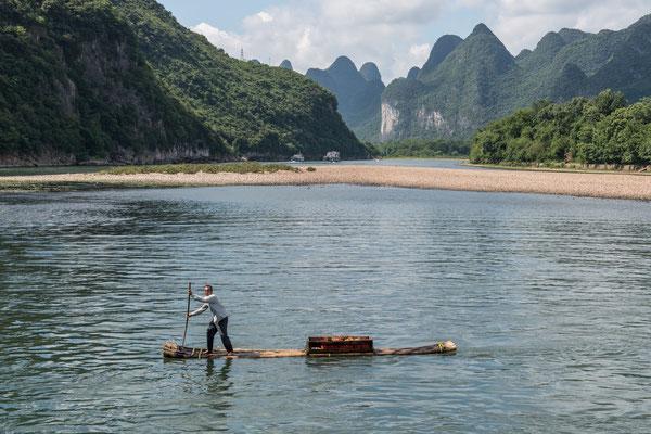 Auf dem Li-Fluss zwischen Guilin und Yangshuo