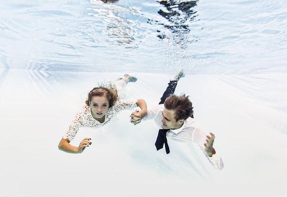 Unterwasserhochzeit statt Trash the Dress