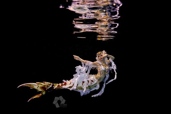 Underwater shootings mermaiding