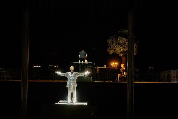 extreme Kontraste und hohe Dynamik in den Theaterfotos
