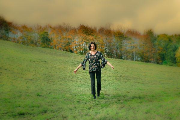 Erweitere deinen Horizont und sei im Flow. Anita Bayer führt dich zur Selbsterkenntnis, zu deiner Wahrheit und in ein glückliches, erfülltes, selbst bestimmtes Leben.
