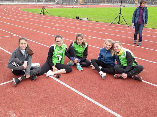 Von links nach rechts: Irene Eguizabal Asin, Magdalena Niederhofer, Nina Watzal, Louisa Lehner und Madeleine Wex