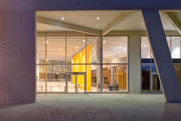 Foto de detalle del exterior del Colegio Alemán de Madrid