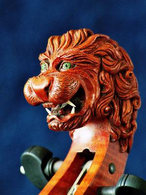 Löwe für Laura Vaughan - Violworks